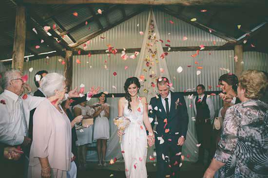 rustic barn wedding25