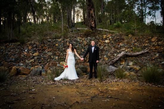 Almora and Leigh 277 550x366 Almora & Leigh's Rustic Winter Wedding