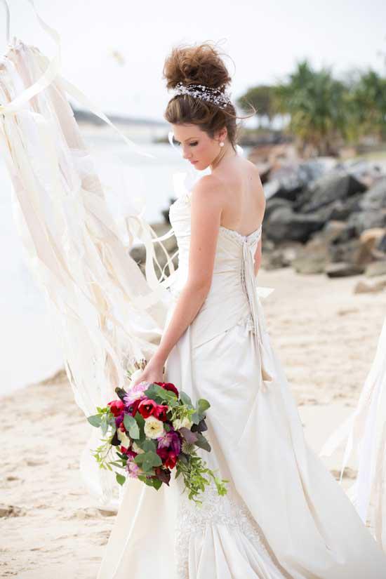 colourful beach wedding029