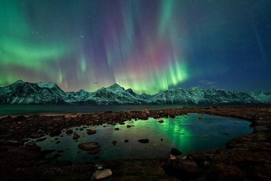 lyngen alps aurora 1 24 47737 600x450 550x367 Honeymoon In Norway & Sweden
