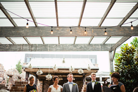 relaxed cafe wedding054