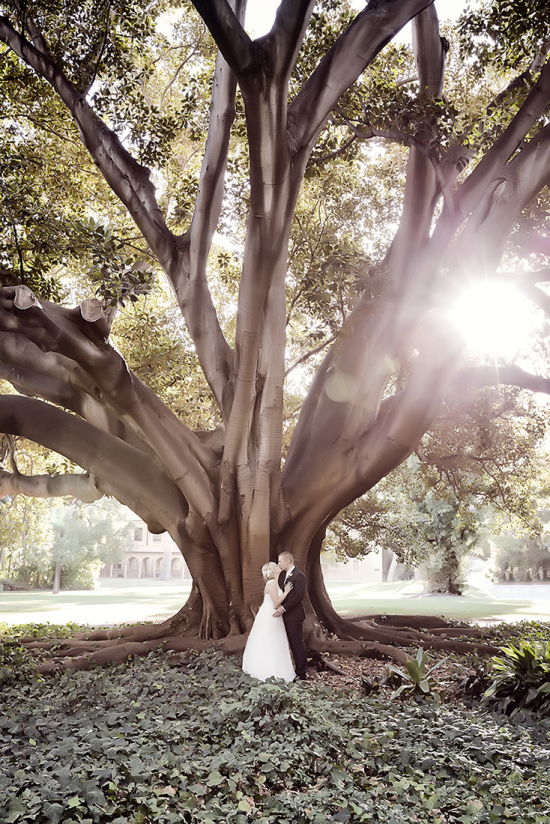 Laura 34 550x824 How To Choose The Right Wedding Photographer