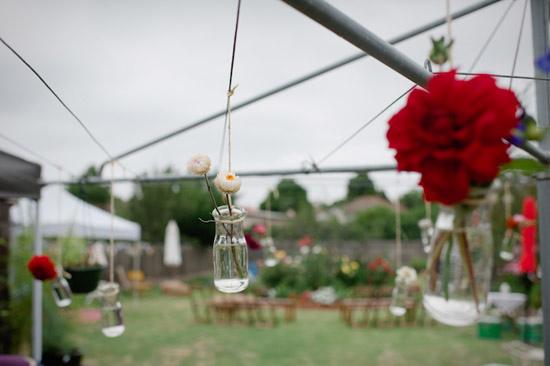relaxed backyard wedding006