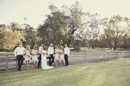 relaxed barn wedding053