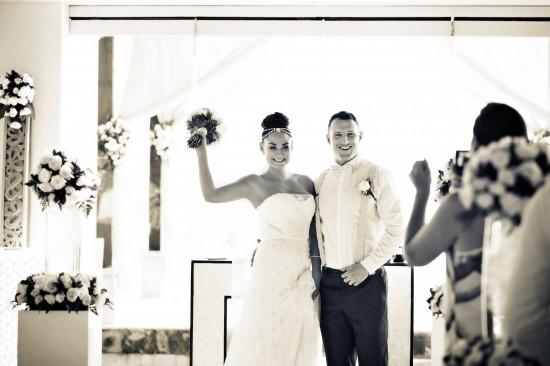 0691 Pearl Thomas SDH 266 550x366 Pearl & Toms Dream Bali Wedding