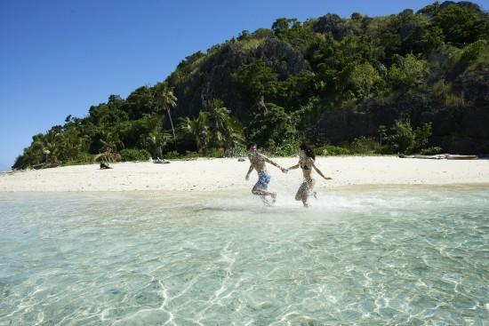 13770249465 da3b2fdb87 o 550x367 Bula! – Ten Reasons to Honeymoon in Fiji