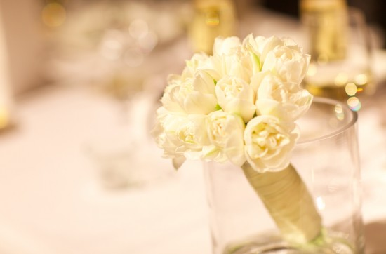 Bridesmaid Posy 550x362 Frances and Aarons White and Yellow Winter Wedding
