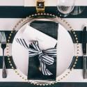 bold black and white tablescape019