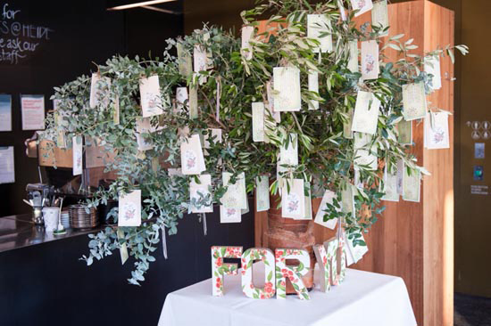 whimsical garden wedding041