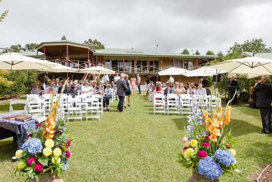 casual country wedding014