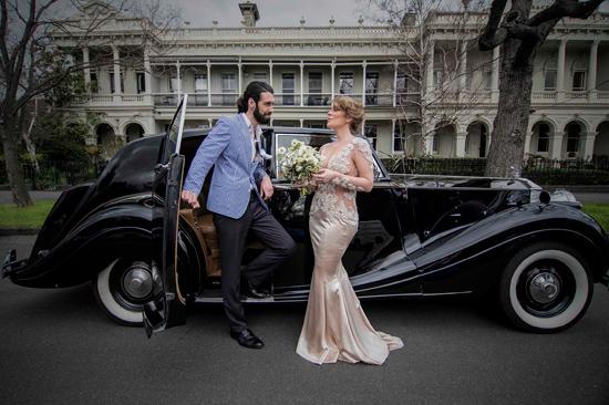 modern ethereal wedding002 Modern Ethereal Wedding Inspiration