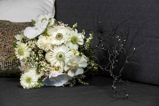 modern ethereal wedding004 Modern Ethereal Wedding Inspiration