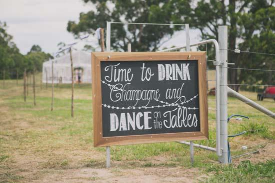 relaxed farm wedding003