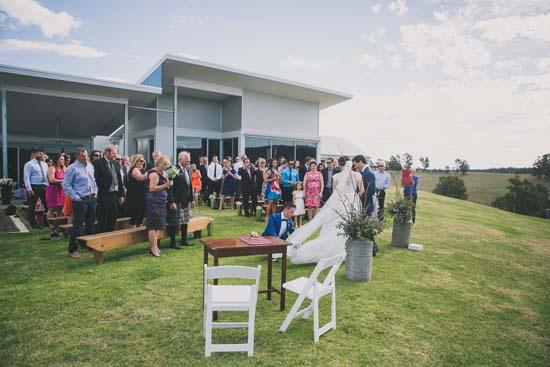 relaxed farm wedding039
