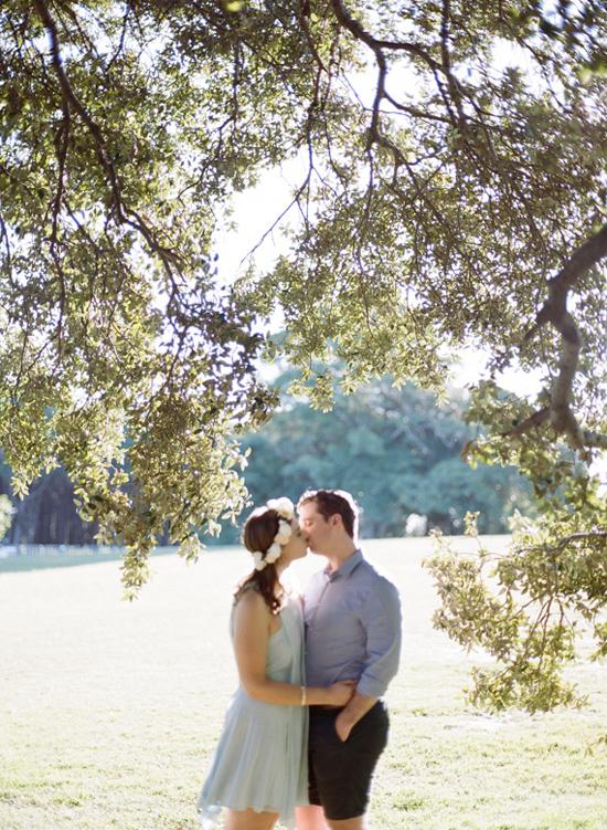 romantic park engagement047