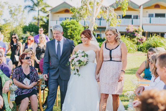 vintage inspired lakehouse wedding025 Lucy and Pauls Vintage Inspired Lakeside Wedding