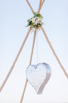wedding pinatas007