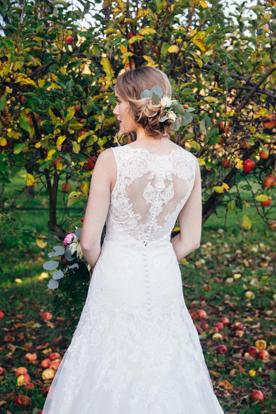 erustic winter orchard wedding19