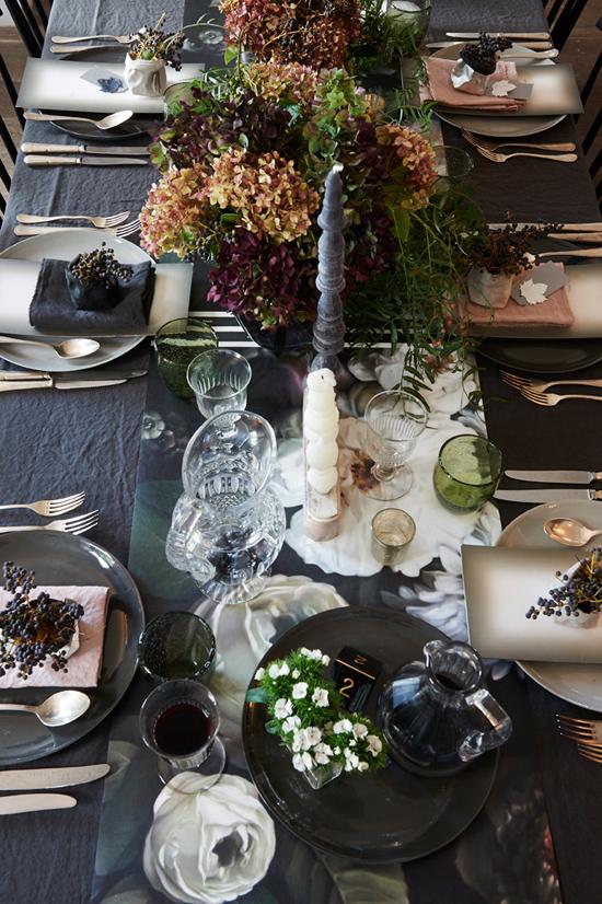 modern autumnal wedding0015 Modern Autumnal Wedding Ideas
