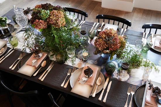 modern autumnal wedding0020 Modern Autumnal Wedding Ideas