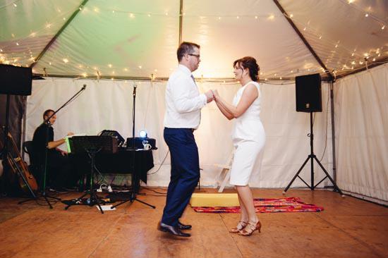 modern riverside wedding0075