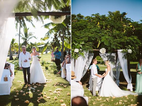 romantic fiji wedding0013 Amy and Chris Romantic Fiji Destination Wedding