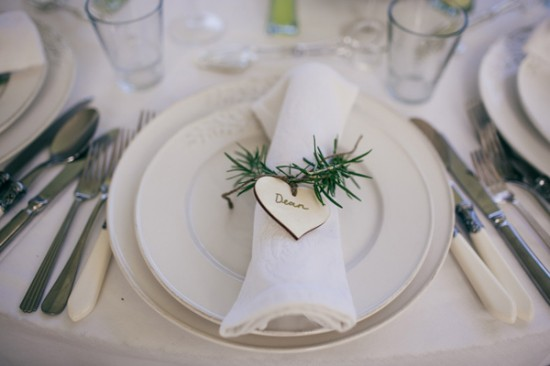 romantic wedding style2273 550x366 Sam & Amandas Romantic Wedding In Berry