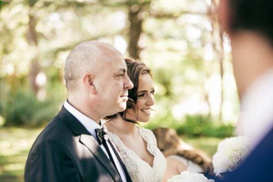 romantic wedding style2280 550x366 Sam & Amandas Romantic Wedding In Berry