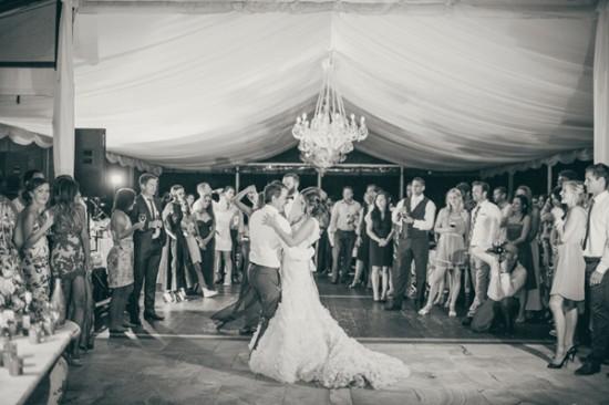 romantic wedding style2291 550x366 Sam & Amandas Romantic Wedding In Berry