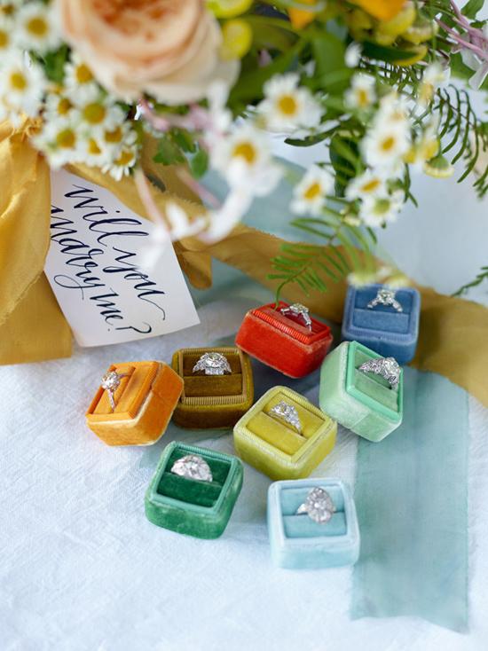 velvet ring box0014 Vintage Velvet Ring Boxes From The Mrs Box