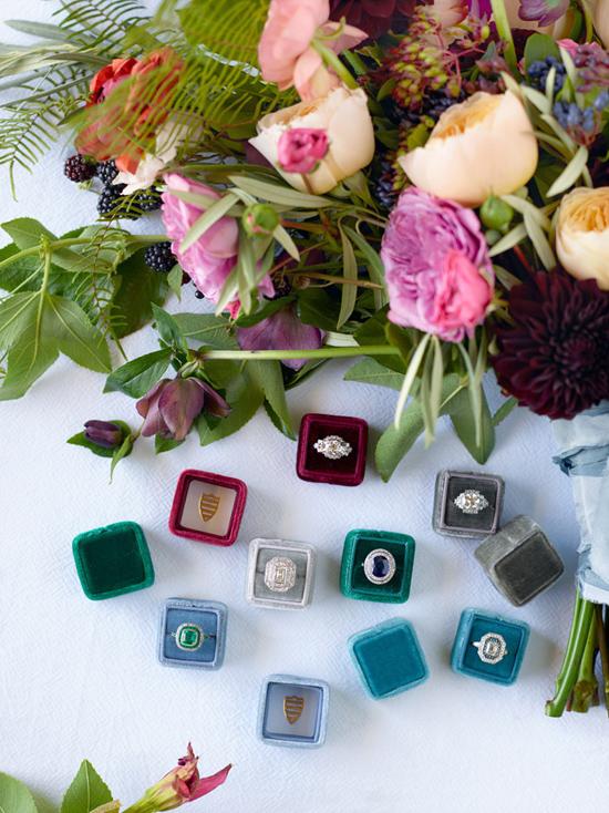 velvet ring box0019 Vintage Velvet Ring Boxes From The Mrs Box