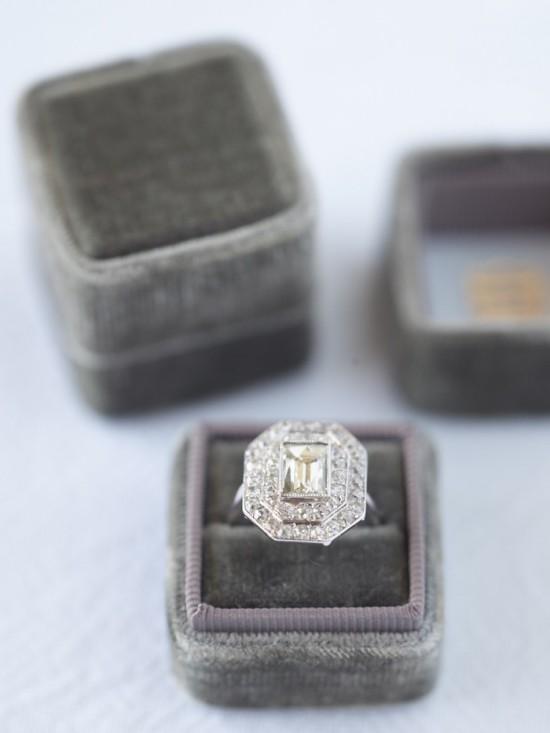 winchester dark grey velvet ring box 1024x1024 550x733 Vintage Velvet Ring Boxes From The Mrs Box