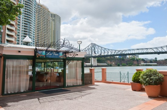 La Vue Restaurant 3 550x365 Brisbane's Newest Waterfront Restaurant Opens in Grand Style