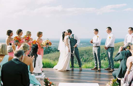 bright byron bay wedding0026