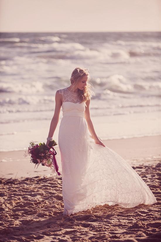 Luxe Beach Wedding Inspiration0035 Luxe Vintage Beach Wedding Inspiration