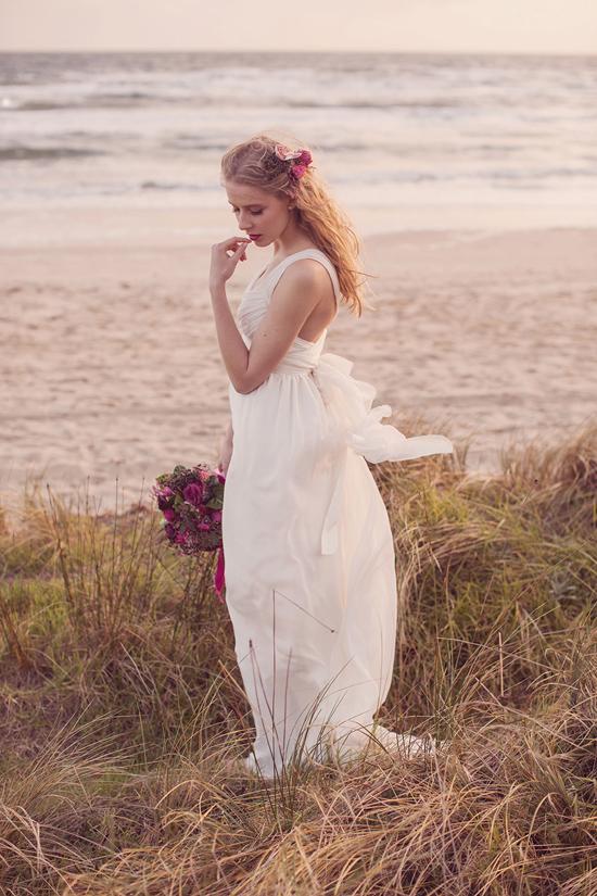Luxe Beach Wedding Inspiration0040 Luxe Vintage Beach Wedding Inspiration