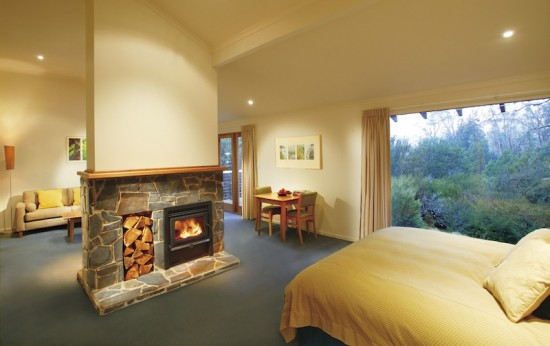 Peppers Cradle Mountain Lodge King Billy Suite1 550x346 Wilderness Honeymoon Experience Cradle Mountain Tasmania