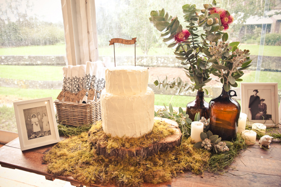 colourful farm wedding0035 Cyn & Daves Bright Farm Wedding