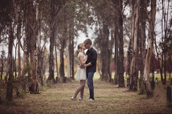 engagement5 550x366 Lauren and Jareds Engagement Shoot In Canberra