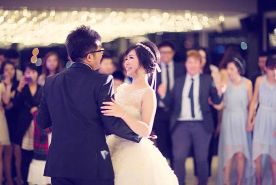 modern fairytale wedding0058 Ivon and Jeffreys Modern Fairytale Wedding