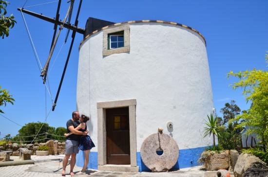 pdb 1 550x364 Honeymoon In Portugal Almoçageme Windmill