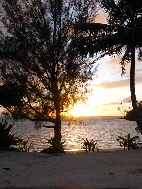 Cook Islands Sunrise Five Hot Spots In The Cook Islands For Your Wedding