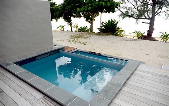 nautlius resort infintiy pool