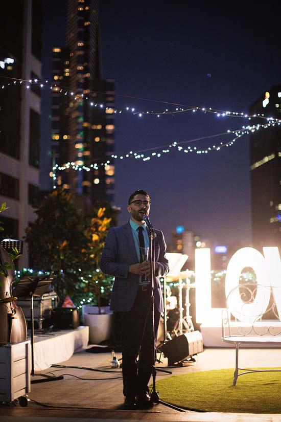 romantic rooftop wedding0109