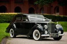 Triple R Luxury Car Hire 4