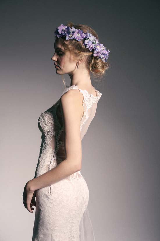 crown of flowers bridal inspiration0010