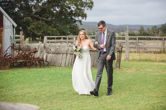 colourful barn wedding0025