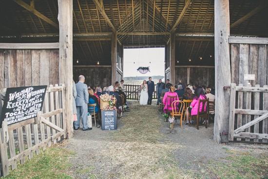 colourful barn wedding0029