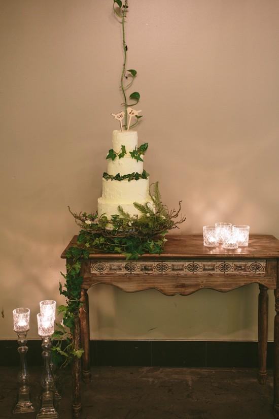 modern greenery wedding inspiration0010