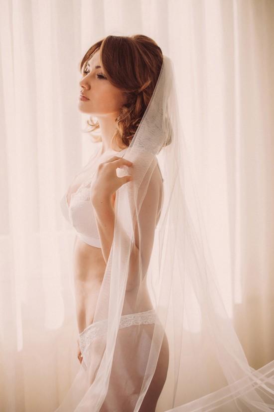 romantic bridal boudoir shoot0001